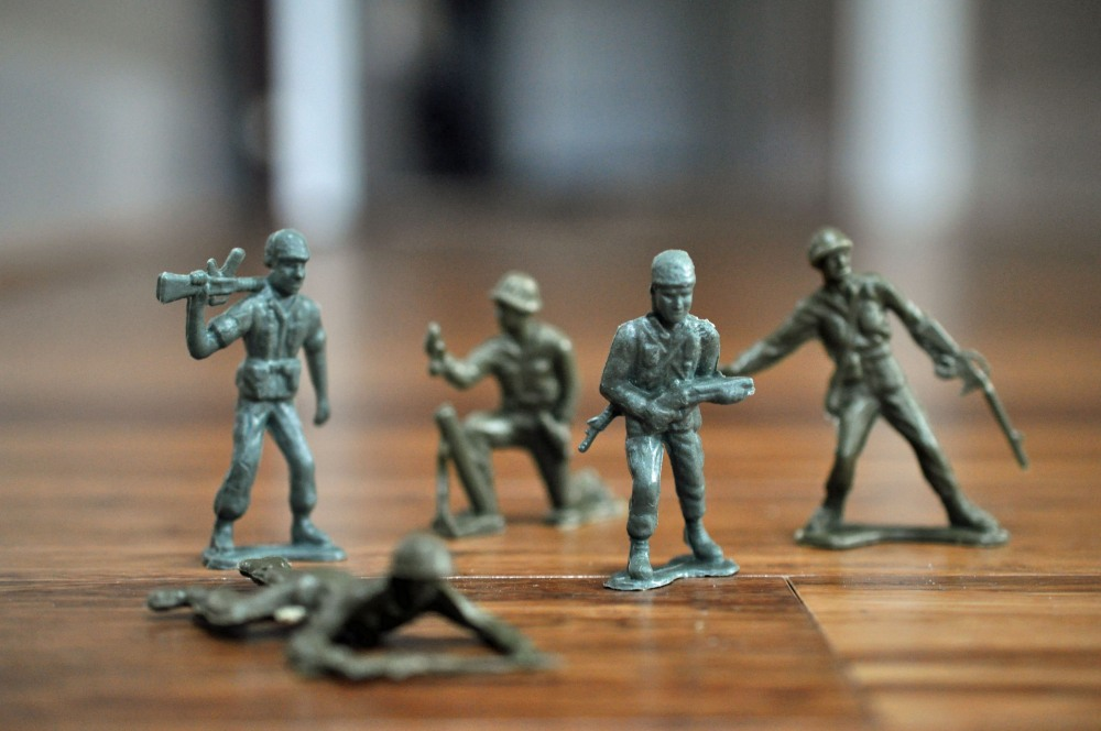 Gus & the Army Men -- A Love Story Told in Photos (1/6)