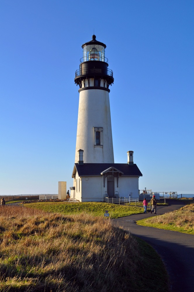 Hiking Yaquina Head (1/6)