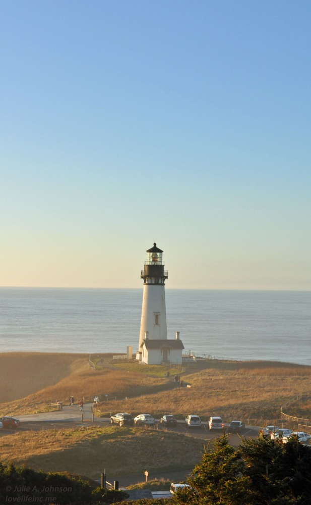 Hiking Yaquina Head (4/6)